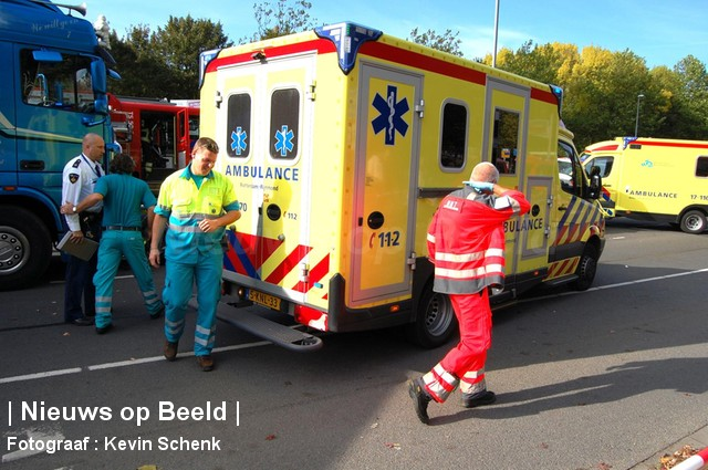 22-10-13-Aveling-Hoogvliet-ongeval2