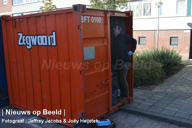 24-10-13-Desdemonastraat-Hoogvliet-Explosief03