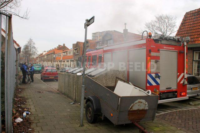 Ook deze container aan de Groeneweg in Vlaardingen vatte vlam.  Foto ingezonden MW