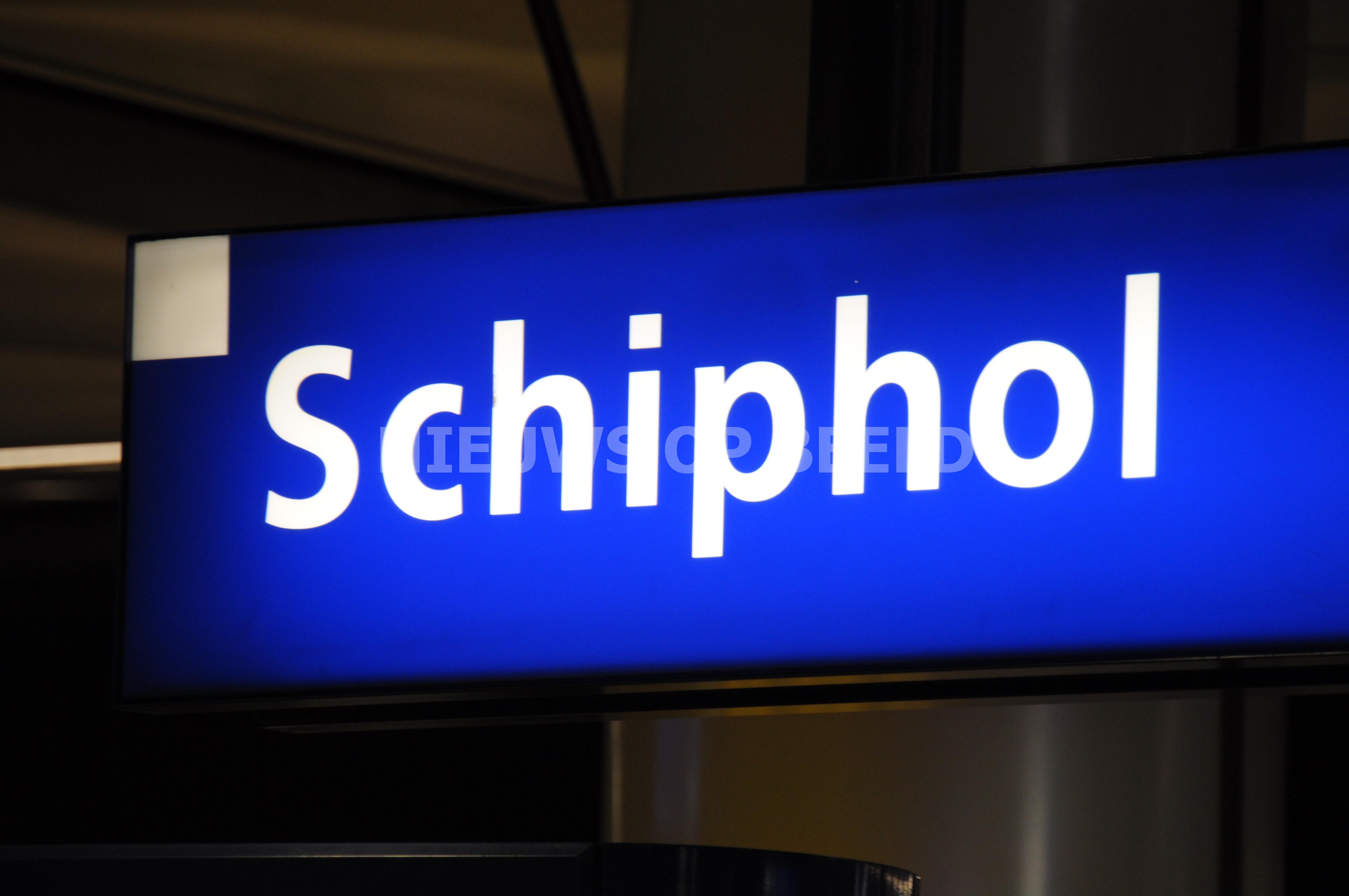 Piloot onder invloed aangehouden op Schiphol