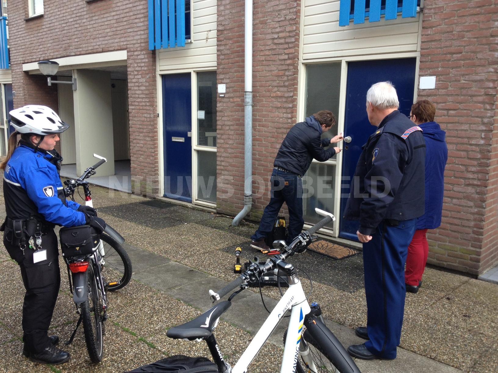 Handhaving treedt op tegen grofvuil in parkeergarage de Terp Damsterdiep Capelle a/d IJssel