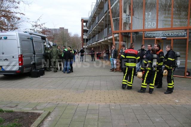 Man (33) aangehouden na aantreffen explosieven in woning Diepenbrockstraat Delft