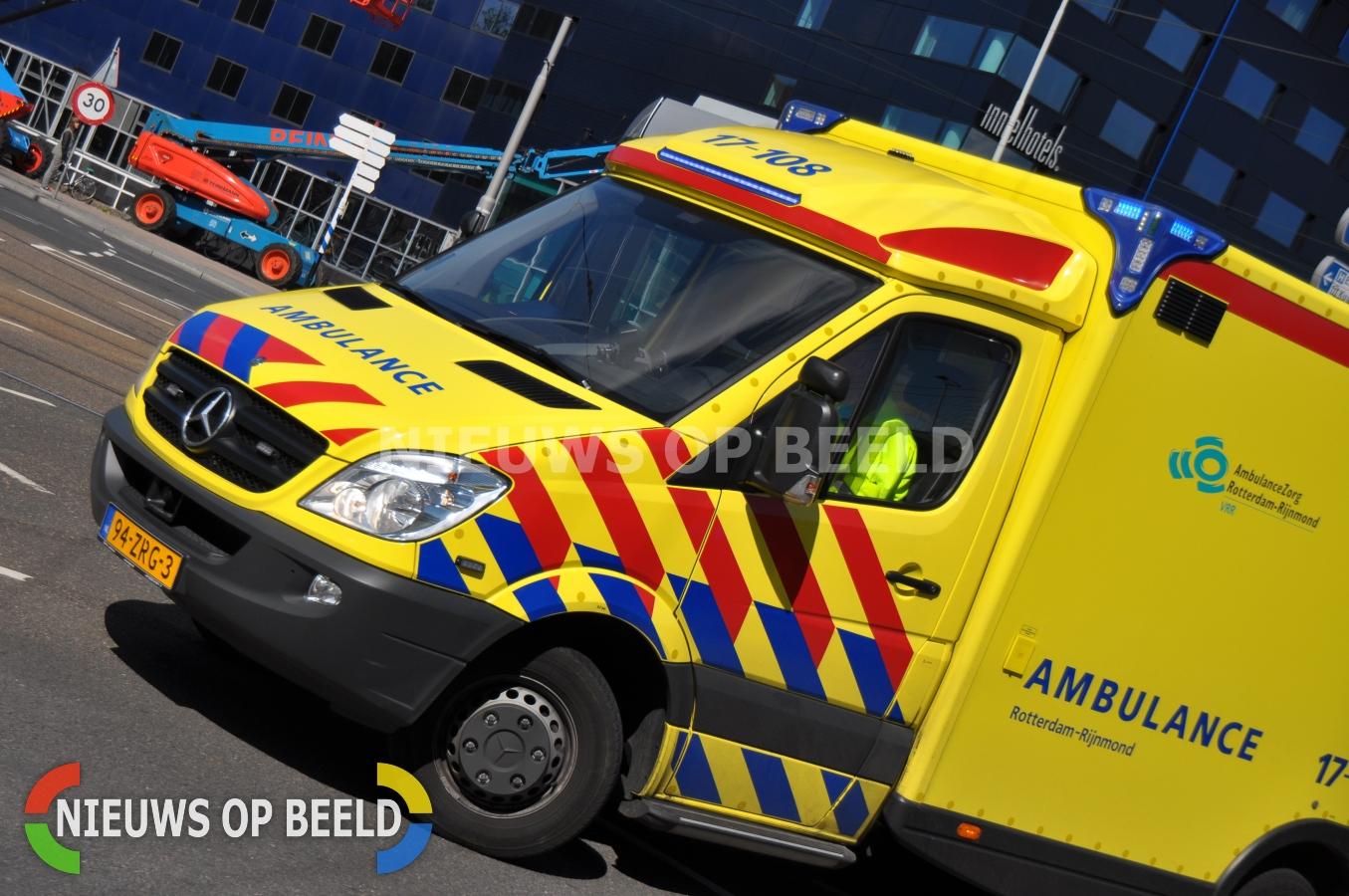 Man gewond na steekpartij Hennekijnstraat Rotterdam