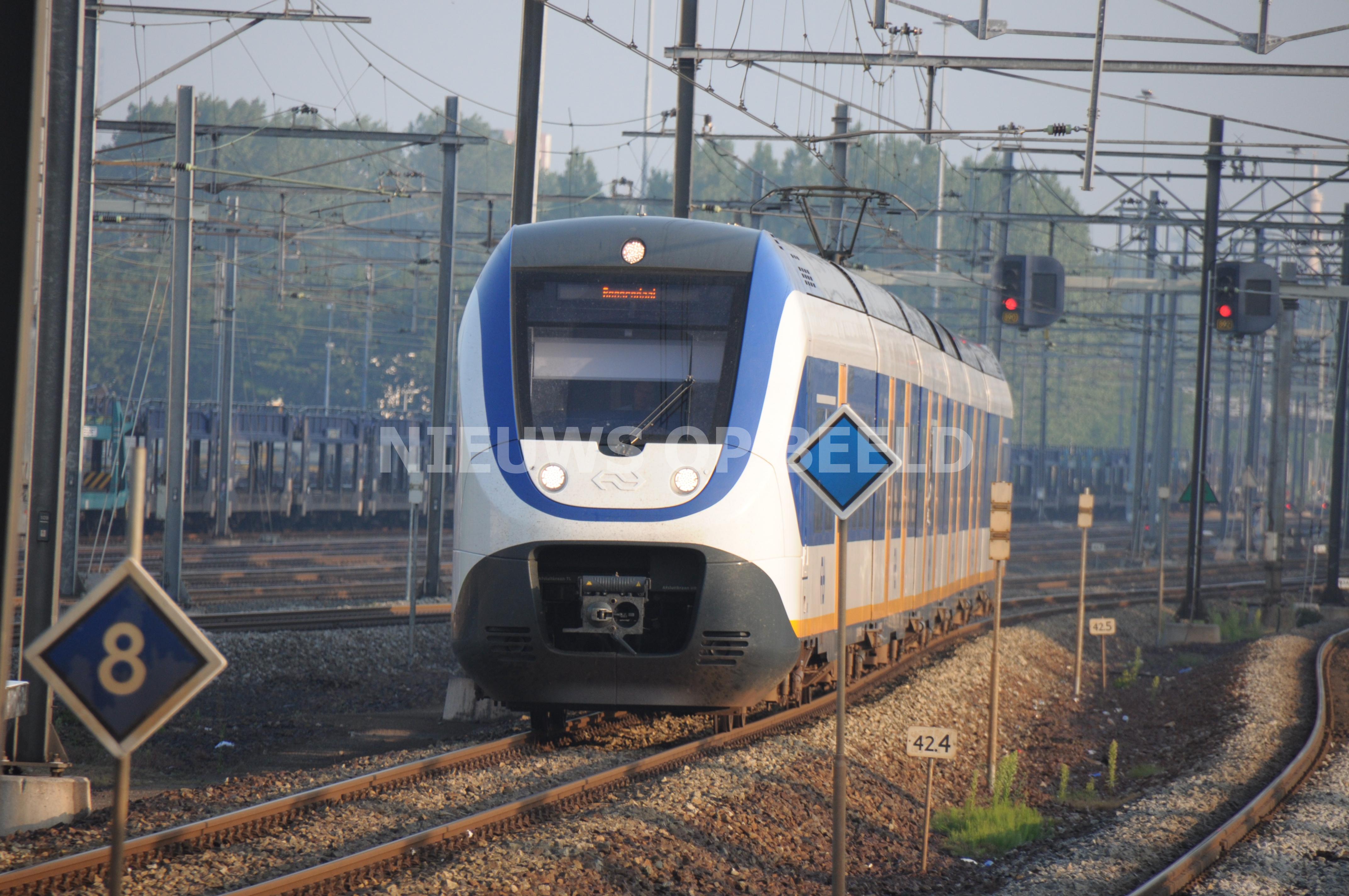 Carjacker Rotterdam bij vluchtpoging doodgereden door trein in Nootdorp