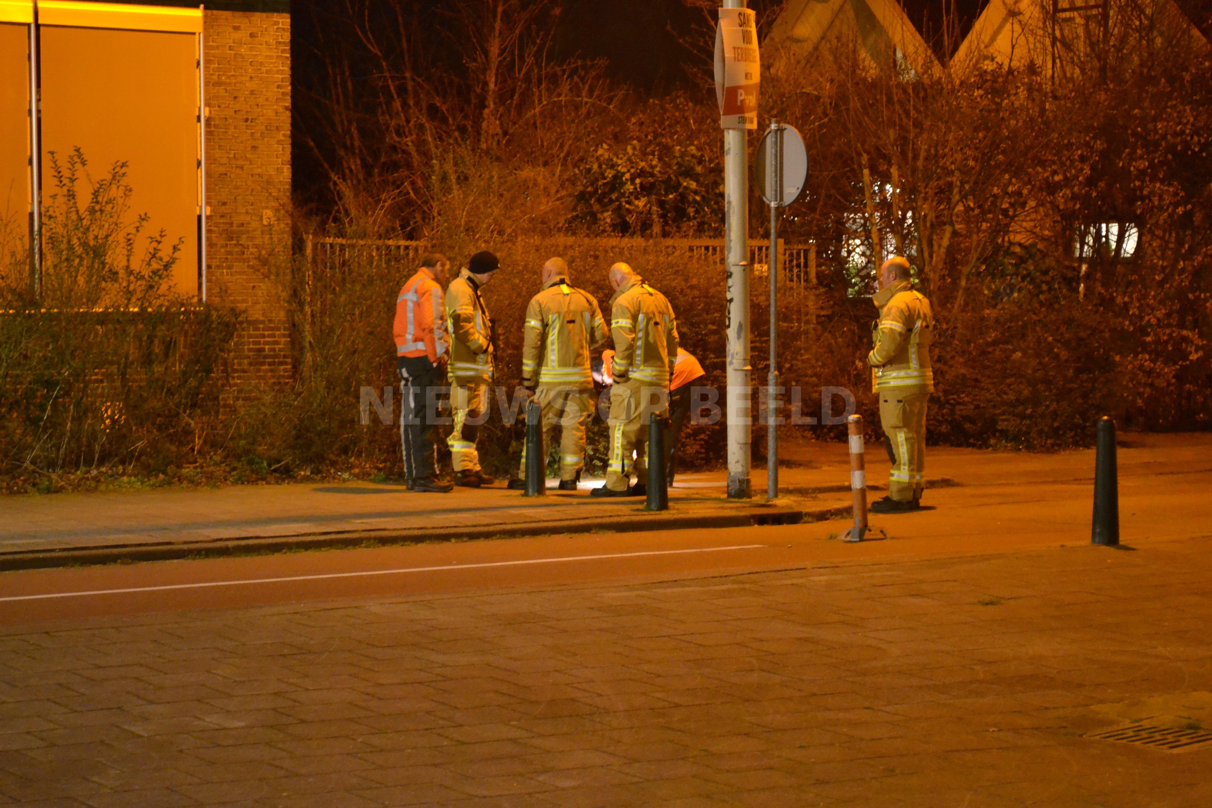 Brandweer en Joulz uren bezig met gaslekkage Ommoordseweg Rotterdam