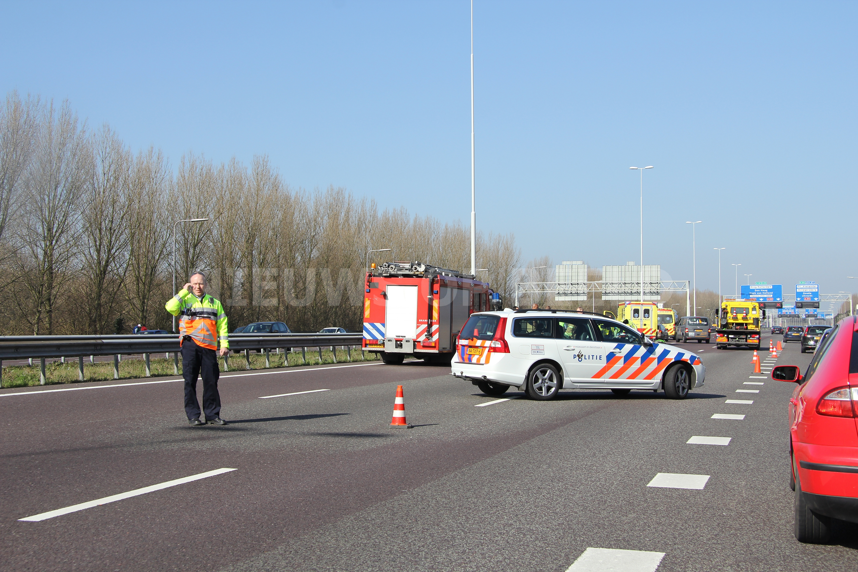 Motorrijder ernstig gewond na ongeval A16 Rotterdam