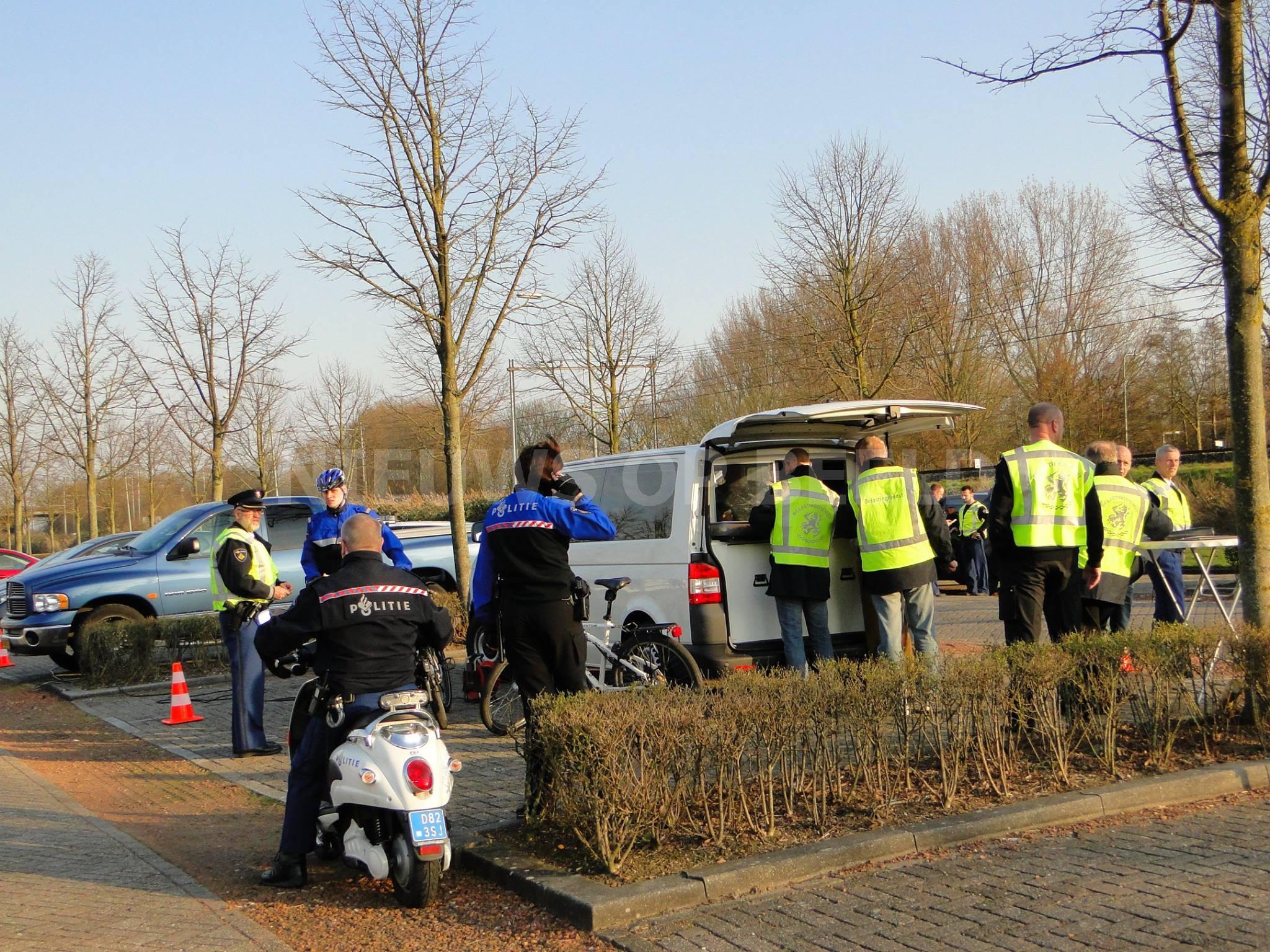 Politie houdt tien bestuurders aan bij verkeerscontrole Heinenoord