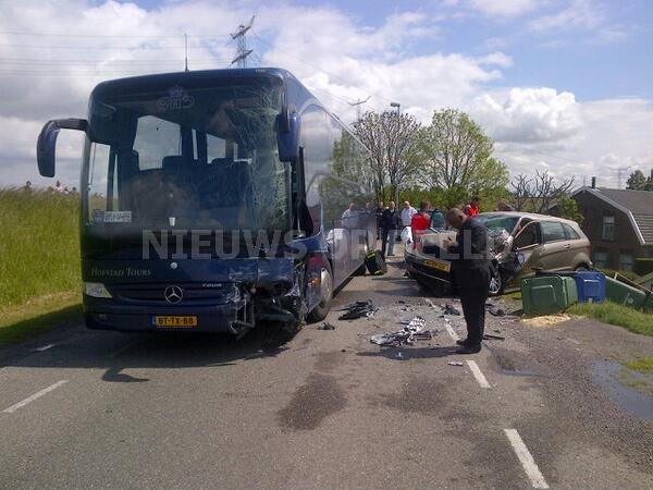 Dronken buschauffeur aangehouden na ernstig ongeval Lekdijk Nieuw Lekkerland