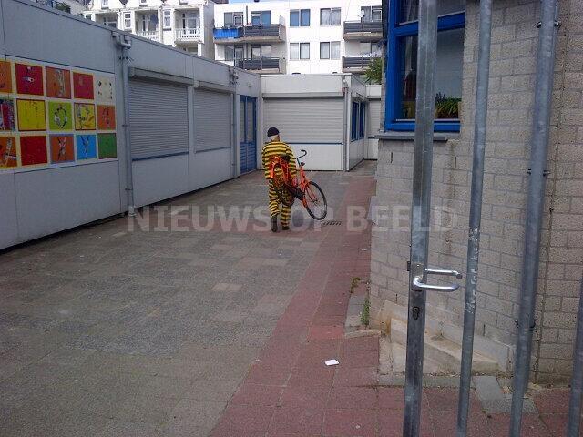 Agenten hebben fietsendief op heterdaad aangehouden Ploegstraat Rotterdam