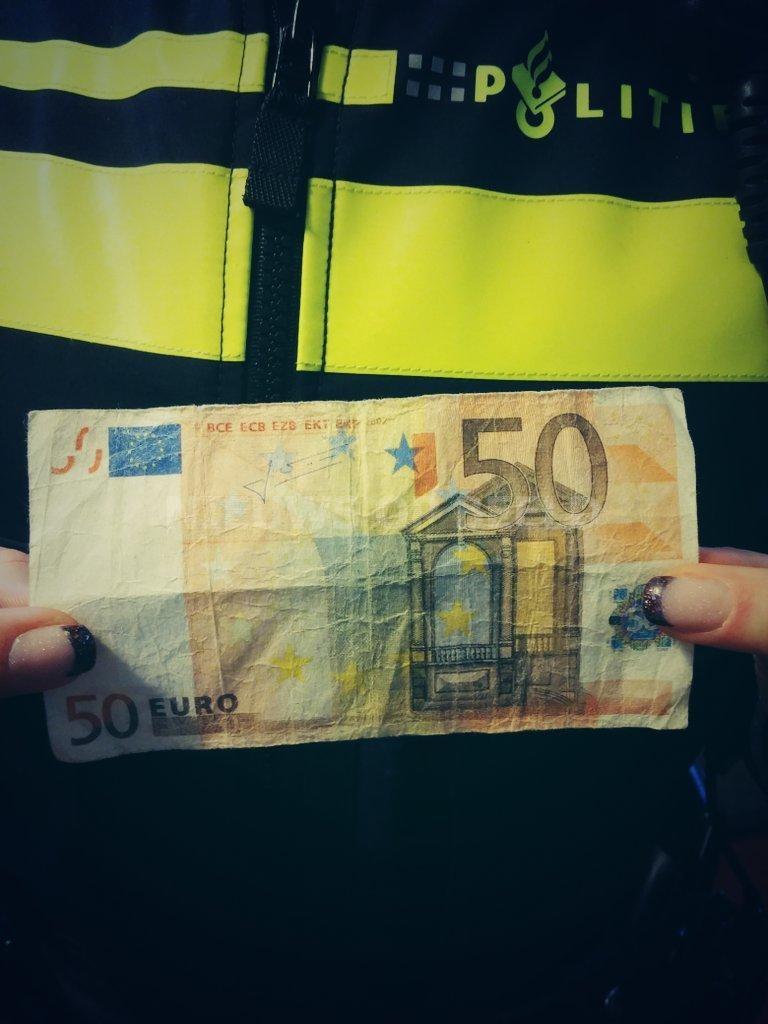 Twee tieners aangehouden met vals geld in Drachten