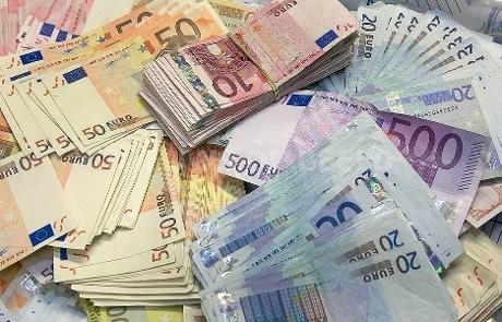 Half miljoen euro in beslag genomen in witwasonderzoek Amsterdam