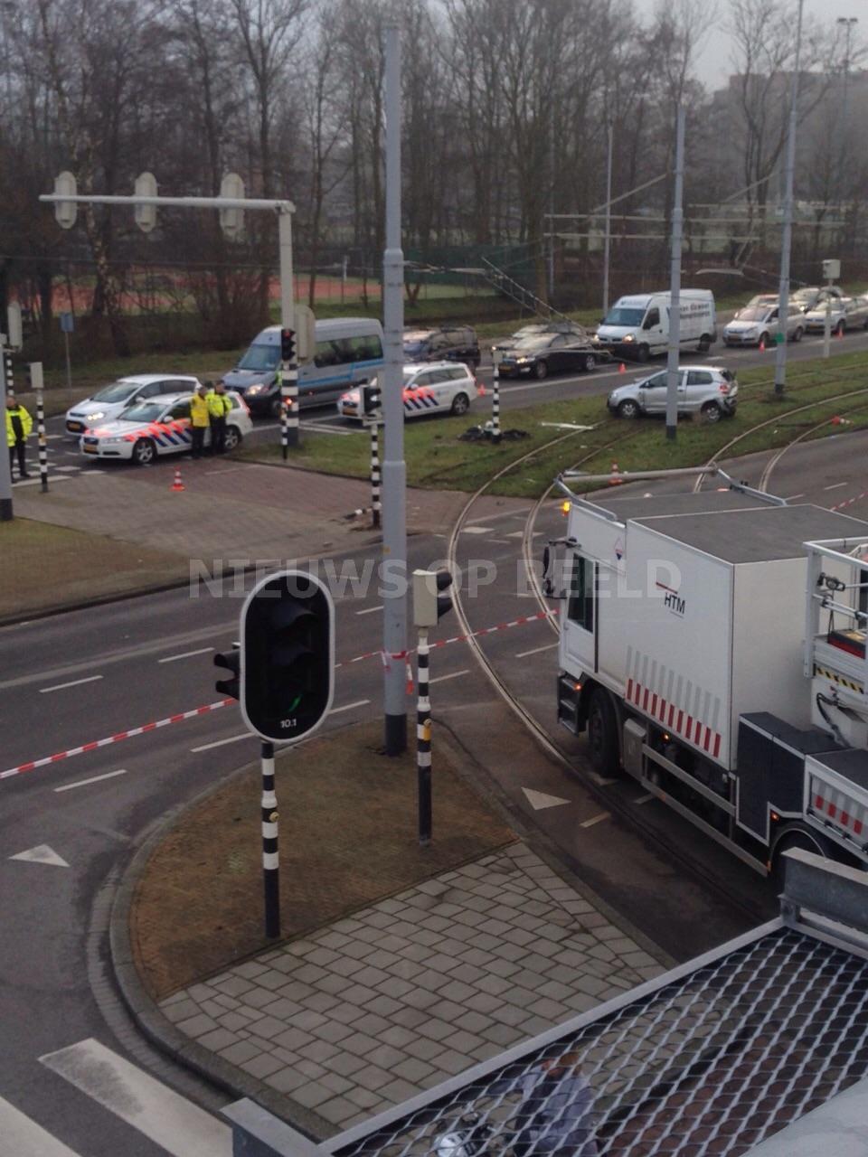 Fietsster zwaargewond bij aanrijding op de Noordsingel in Leidschendam