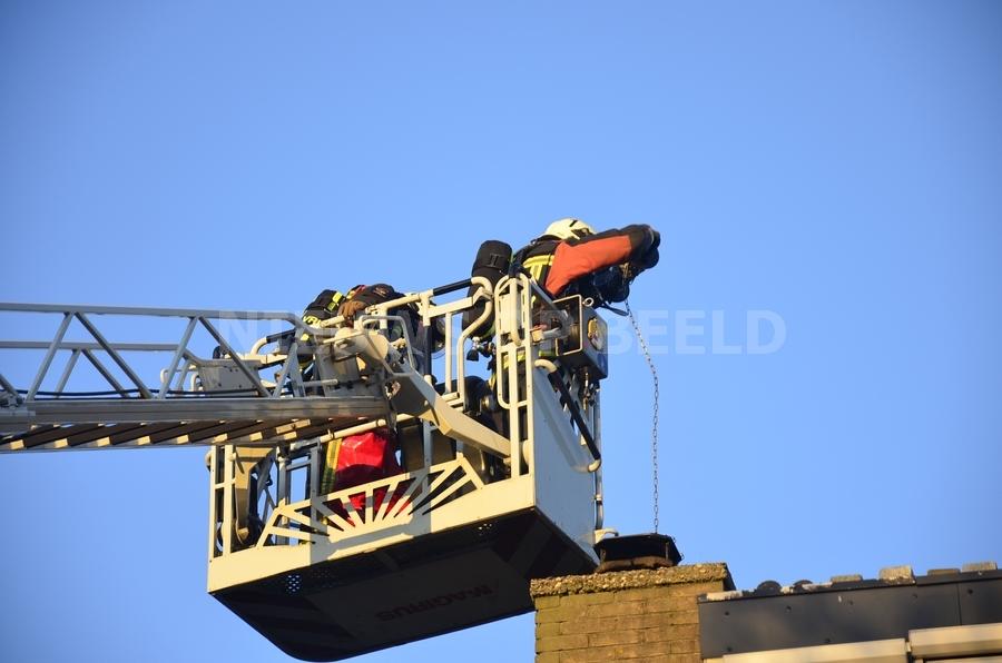 Brandweer rukt uit voor schoorsteenbrand Lindendaal Gouderak