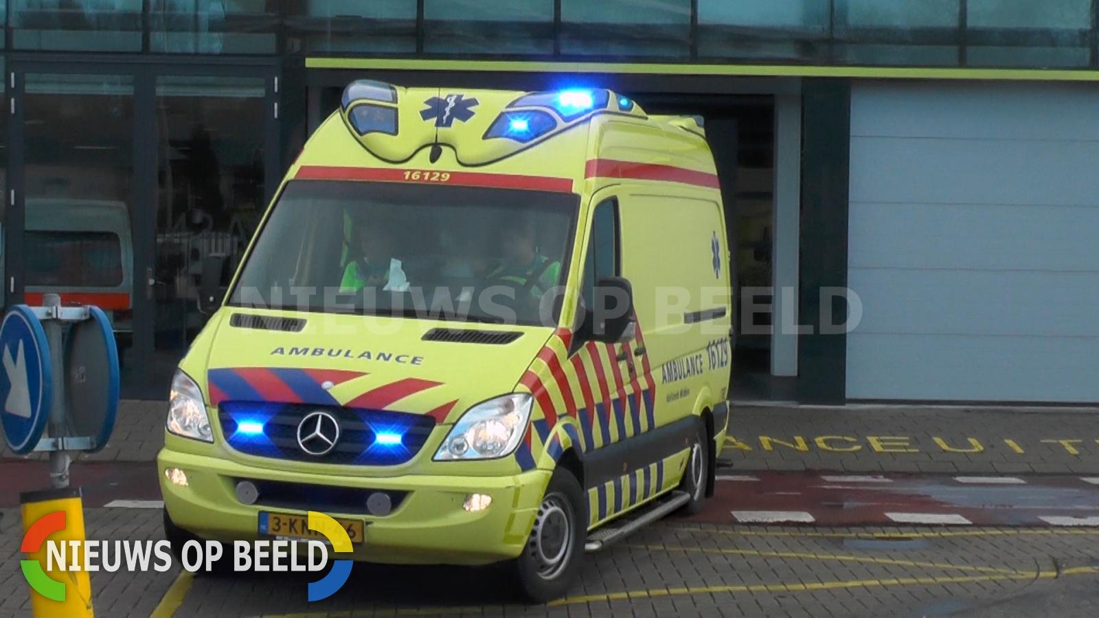 Man (27) zwaargewond na aanrijding Naaldwijk