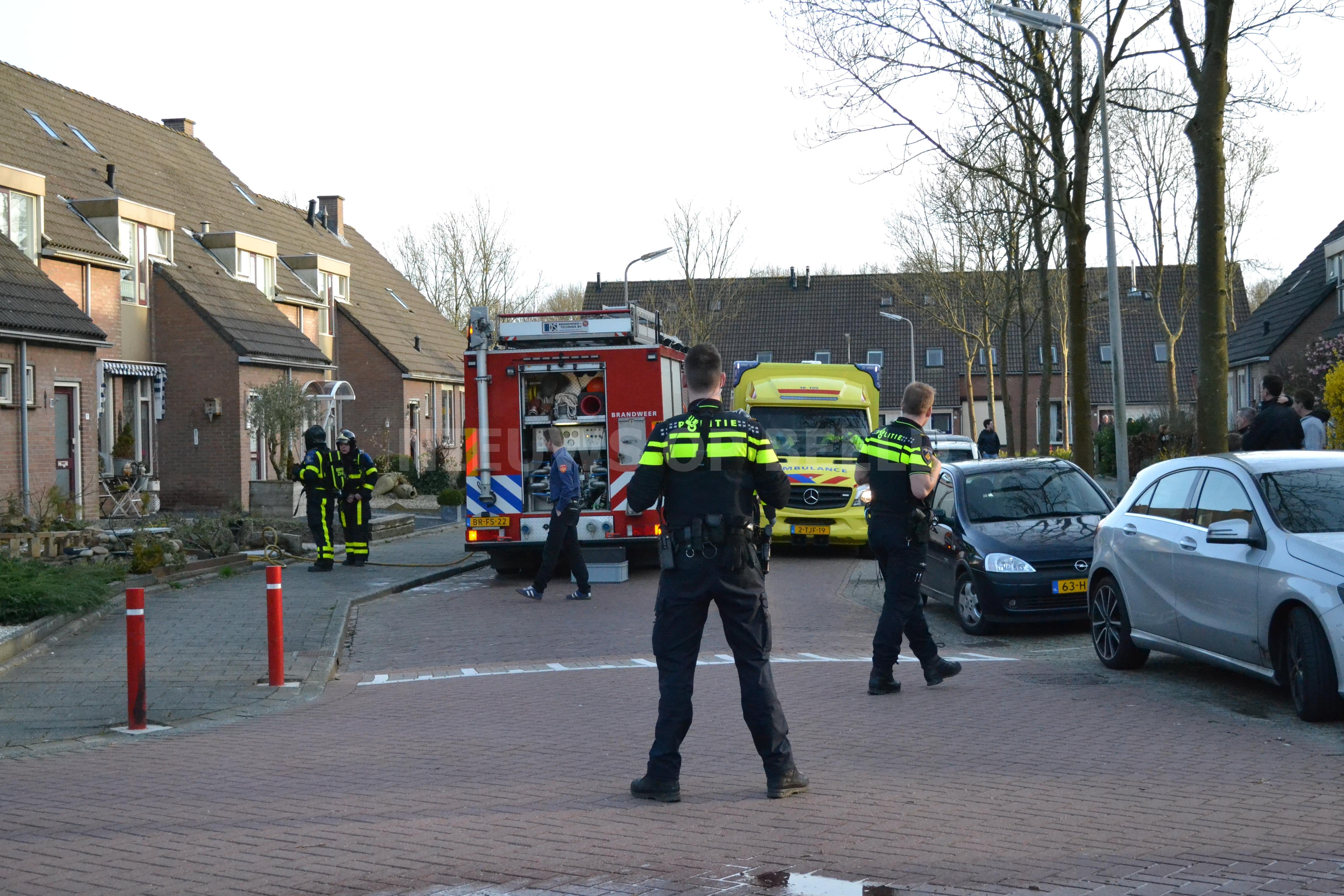 Zolder verwoest door brand Klaprooslaan 's-Gravendeel