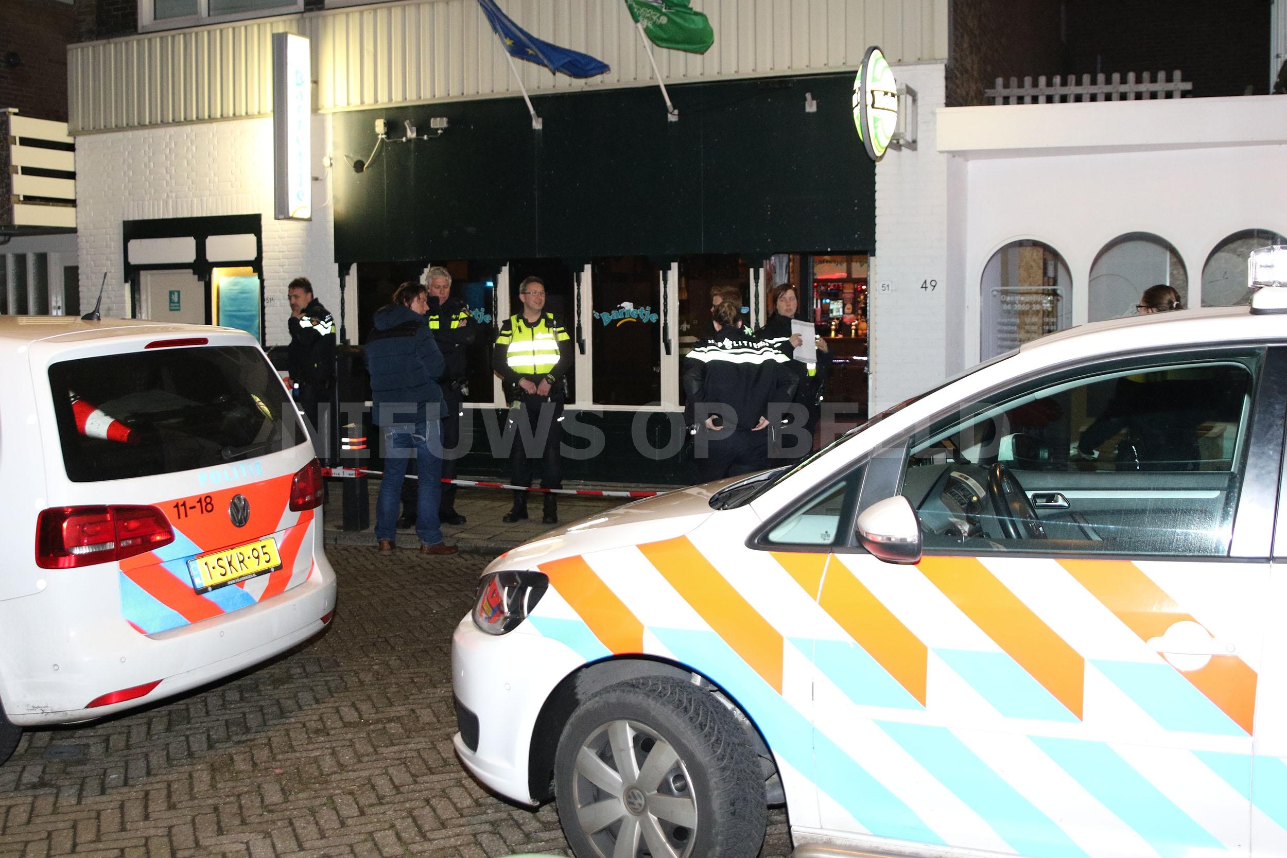Man zwaargewond na steekpartij in café 't Barretje Schoolstraat Noordwijk
