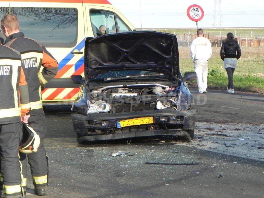 Politie zoekt getuigen na aanrijding op de Omleidingsweg in Benthuizen