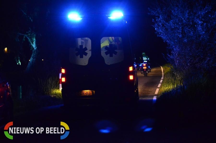 Zwaargewonde na val in water achter schuur Oukoopsedijk Reeuwijk