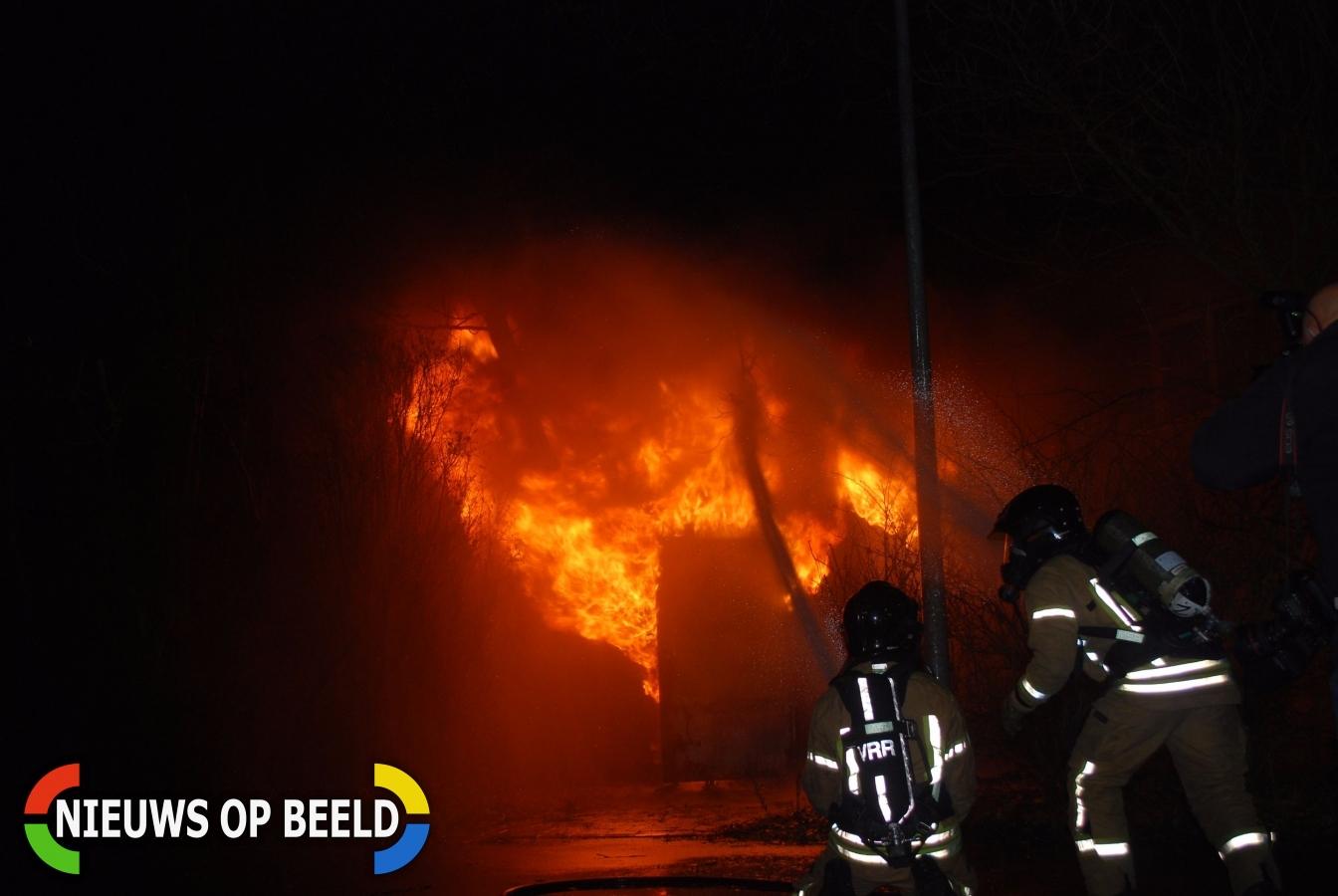 Middelbrand elektriciteitshuisje Stellendam
