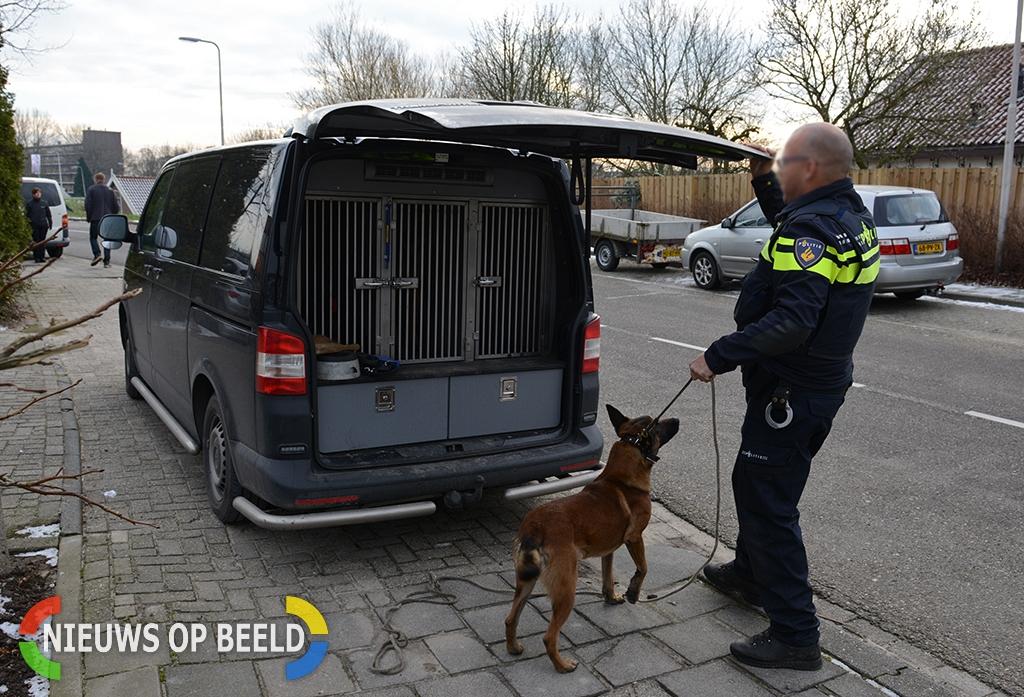 Man wordt gebeten door politiehond tijdens uit de hand gelopen burenruzie in Hendrik-Ido-Ambacht