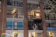 Uitslaande brand in woning na brand op balkon Biezenveld Rotterdam