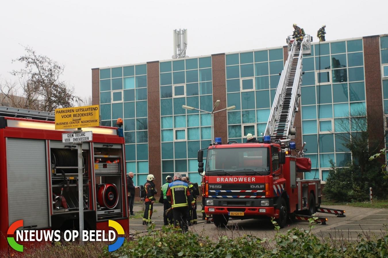 Brand op dak van bedrijfspand Van Panhuysstraat Noordwijk