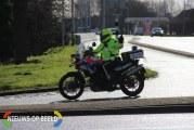 Scooterrijder en passagier na levensgevaarlijk rijgedrag aangehouden Rotterdam / Capelle