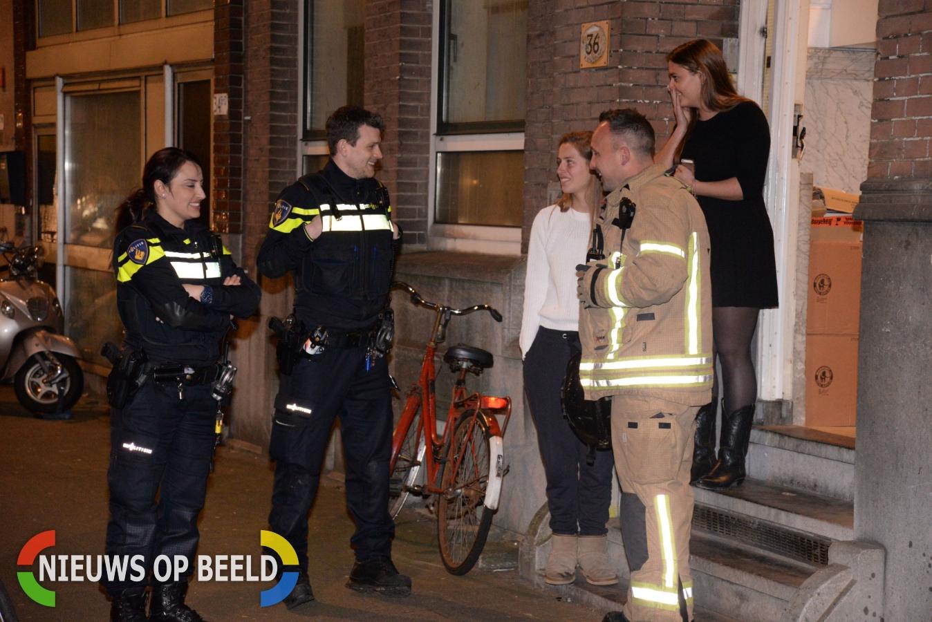 Brandweer rukt uit voor brandje in oven studentenhuis Oostzeedijk Rotterdam
