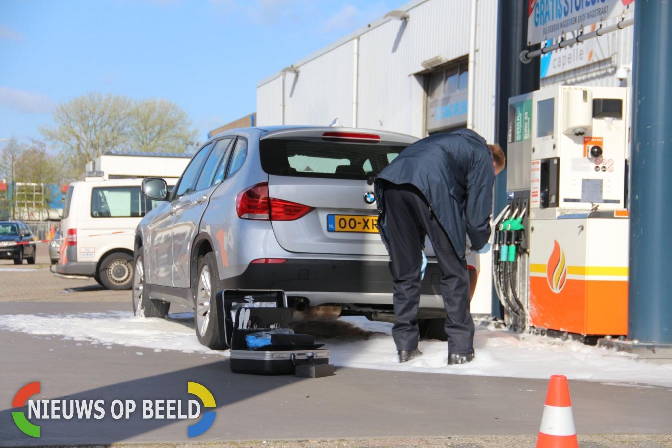 Politie doet onderzoek naar lekke benzinetanks van auto's Capelle aan den IJssel (Video)