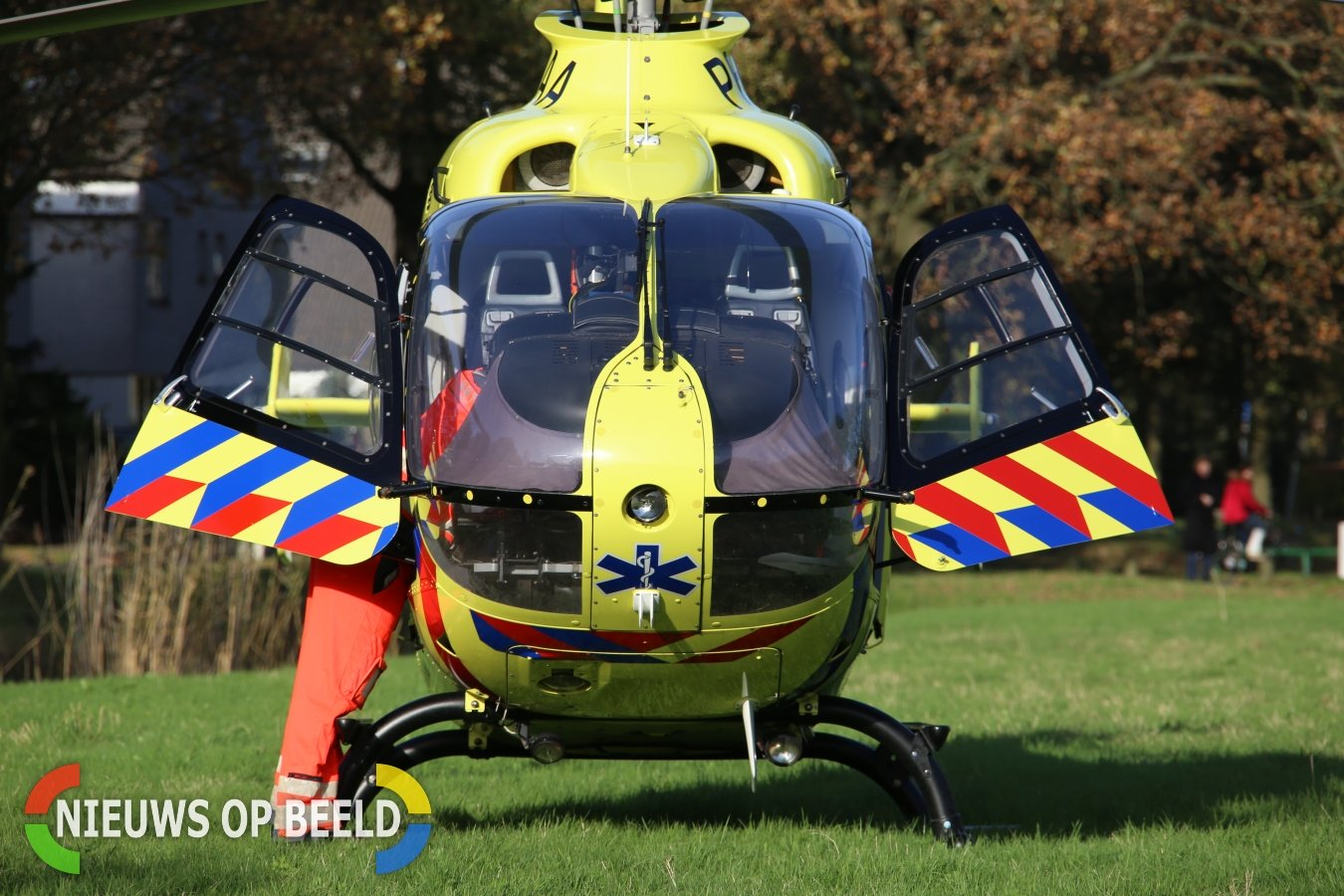 Dode en vijf gewonden bij ernstig ongeval