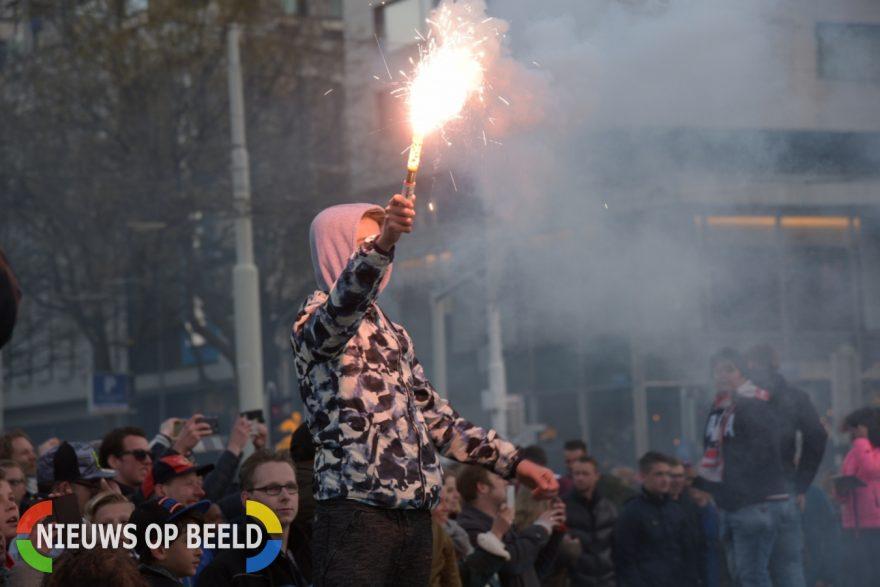 Feyenoord heeft voor de twaalfde keer de KNVB-beker, Stadionweg in Rotterdam