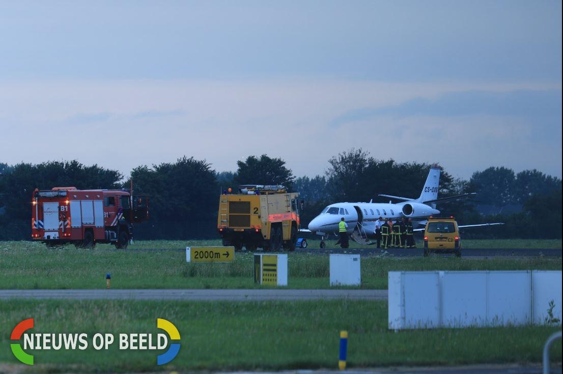 Klein vliegtuigje maakt noodlanding op Rotterdam The Hague Airport