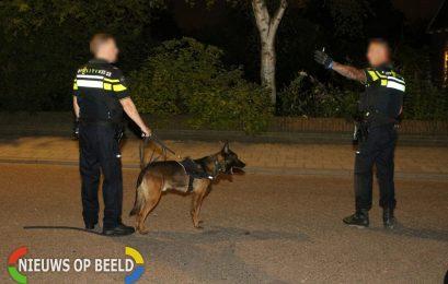 Politiehond grijpt onder invloed zijnde agressieve man Johan Wagenaarstraat Schiedam