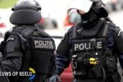 Arrestatieteam houdt man met nepwapen aan Rotterdam