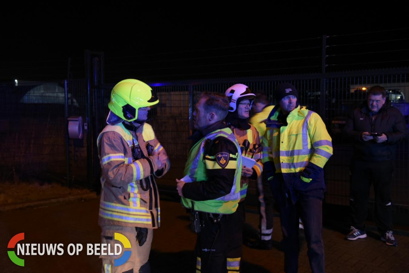 Grote uitslaande brand in bedrijfspand Raadsheerenhoek Zuidland
