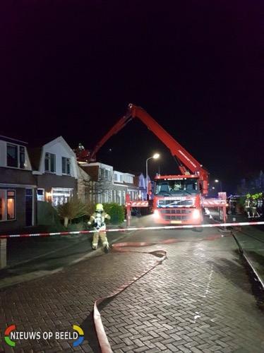 Woning onbewoonbaar door felle schoorsteenbrand Marietjespad Middelharnis