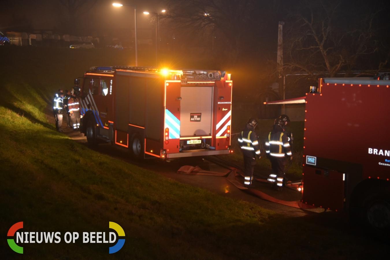 Leegstaande woning compleet in brand Hogedijk Pernis
