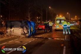 Twee gewonden bij eenzijdig auto ongeluk Colosseumweg Rotterdam