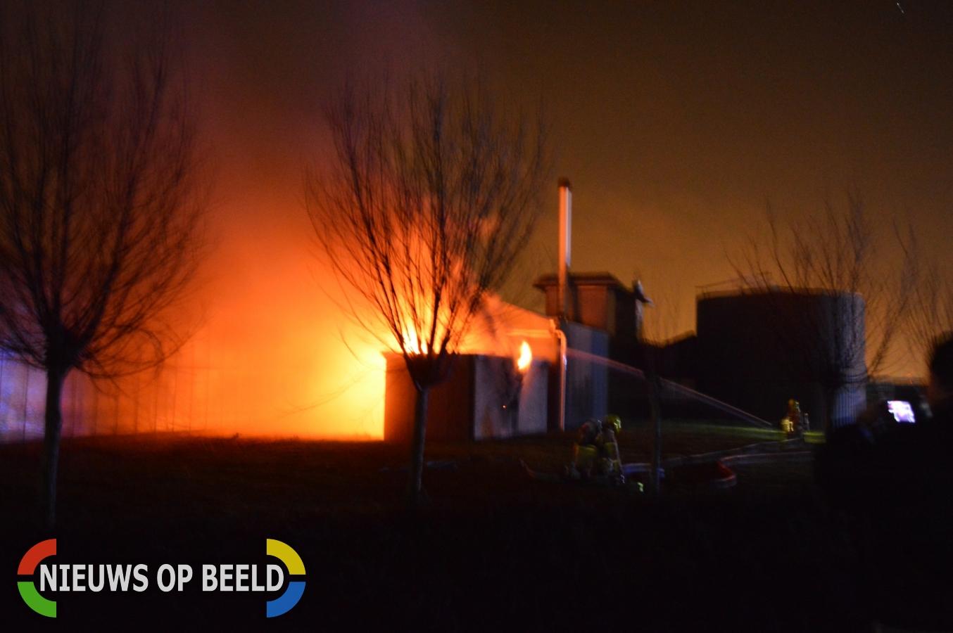 Grote uitslaande brand in transformatorhuisje Kloosterweg Brielle