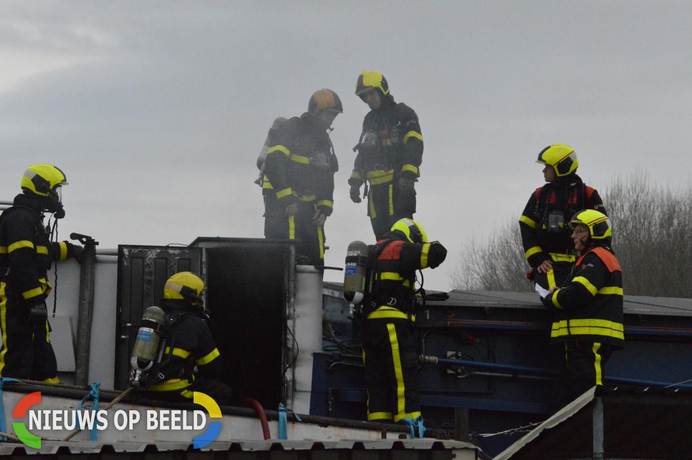 Flinke brand op binnenvaartschip Rotterdamseweg Delft