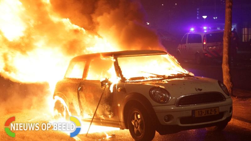 Afgelopen nacht vijf autobranden