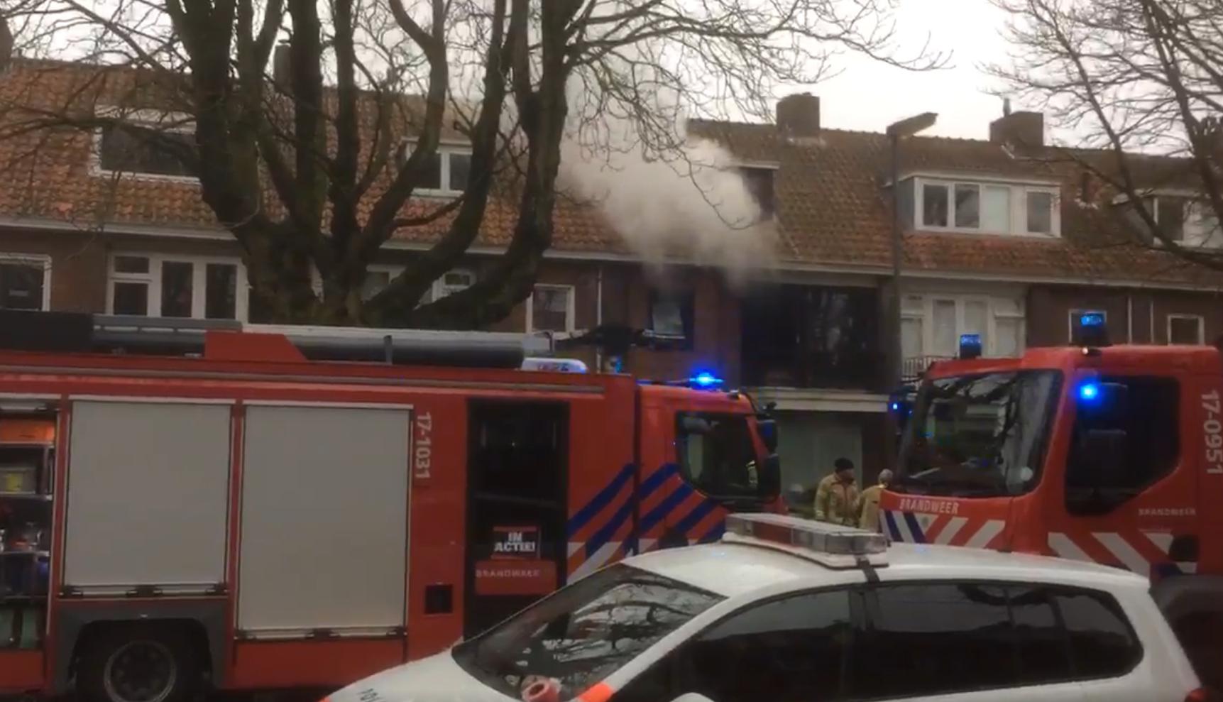 da3b63d7afc Felle brand in woning Burgemeester Le Fevre de Montignylaan Rotterdam
