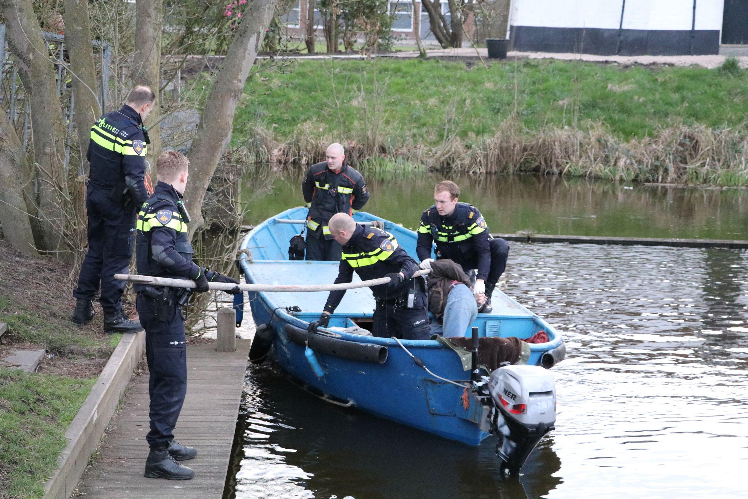 Vervelende man in boot aangehouden door politie Renesseplein Gouda