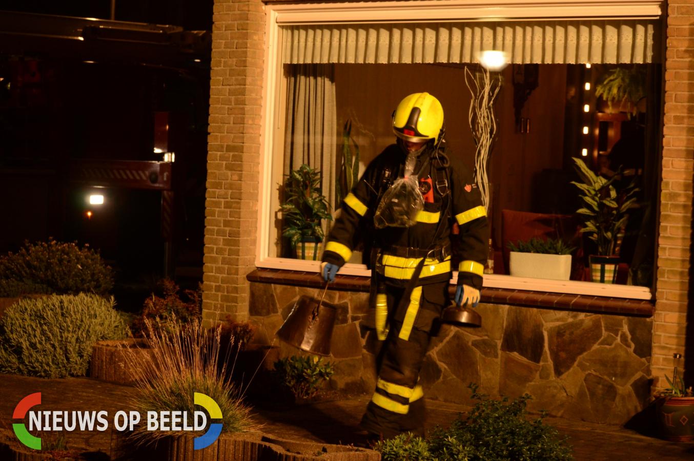 Brandweer rukt uit voor brand in schoorsteen P.C. Hooftstraat Zoetermeer