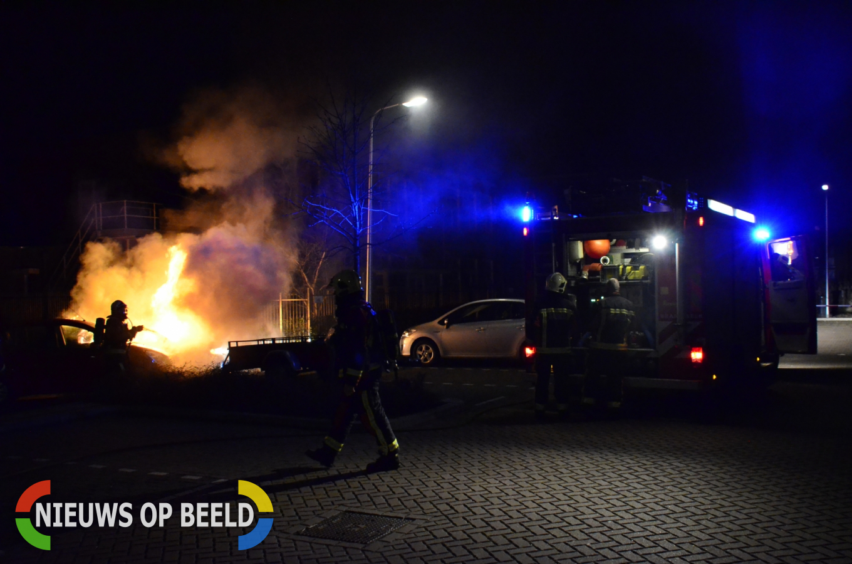 Voertuig volledig uitgebrand op parkeerplaats Herenstraat Gouda