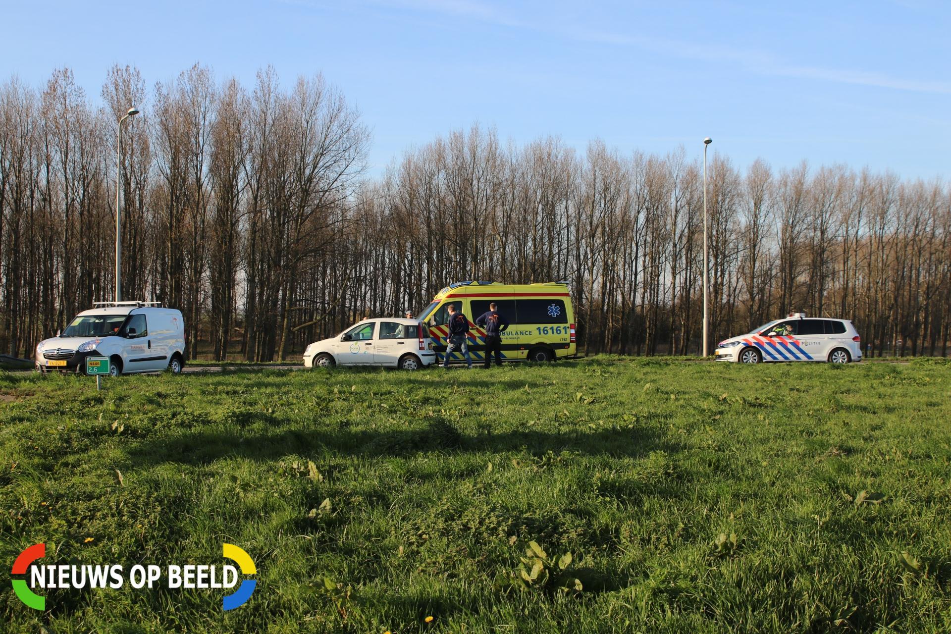Hulpdiensten rukken uit voor ongeval Provincialeweg Leiderdorp