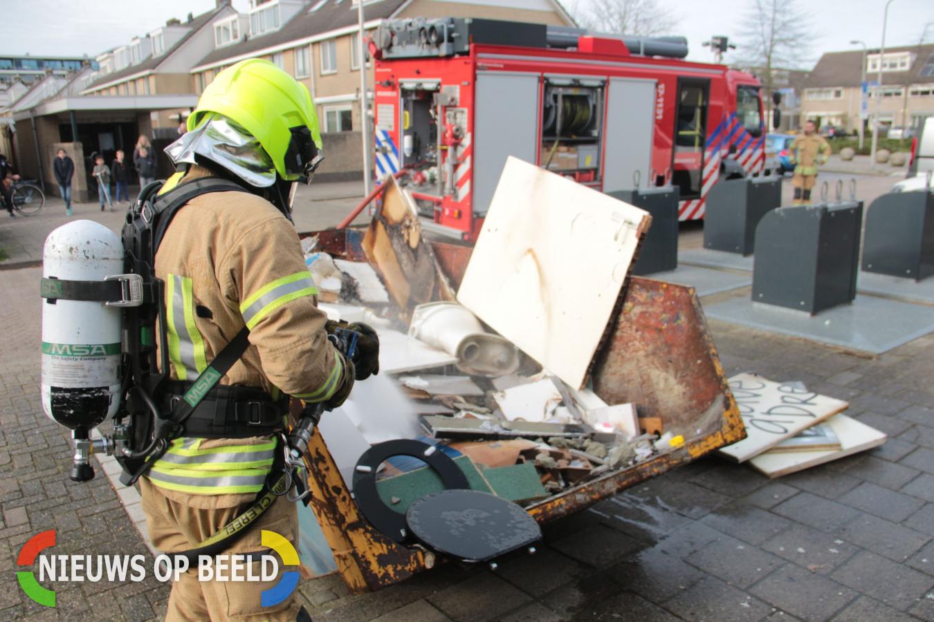 Bouwcontainer in de brand Brahmsstraat Capelle aan den IJssel