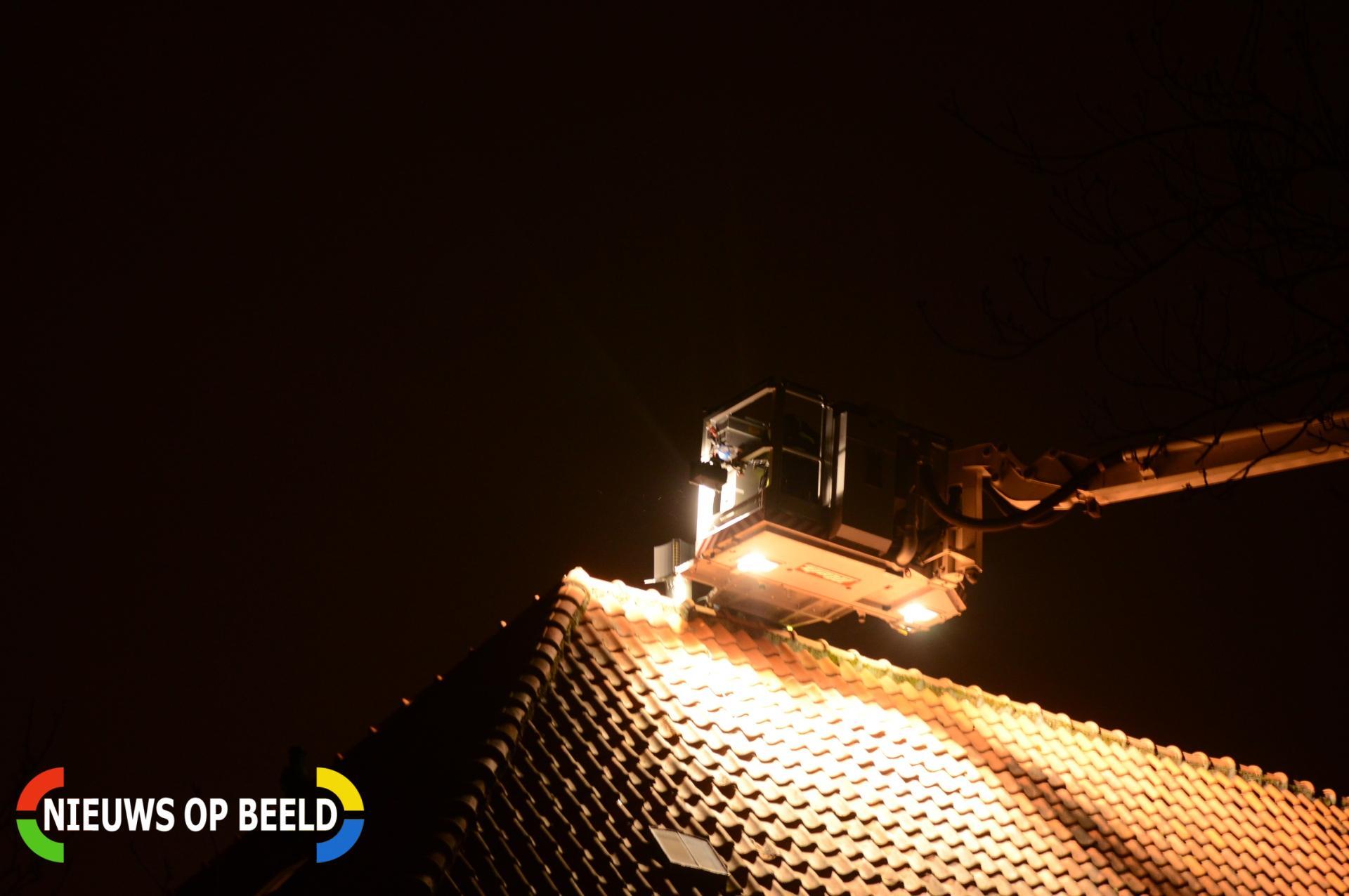 Brandweer rukt uit voor schoorsteenbrand Prinses Beatrixlaan Leidschendam
