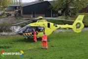 Traumahelikopter opgeroepen voor ongeval tussen personenauto en scooter Woubrugseweg Alphen aan den Rijn