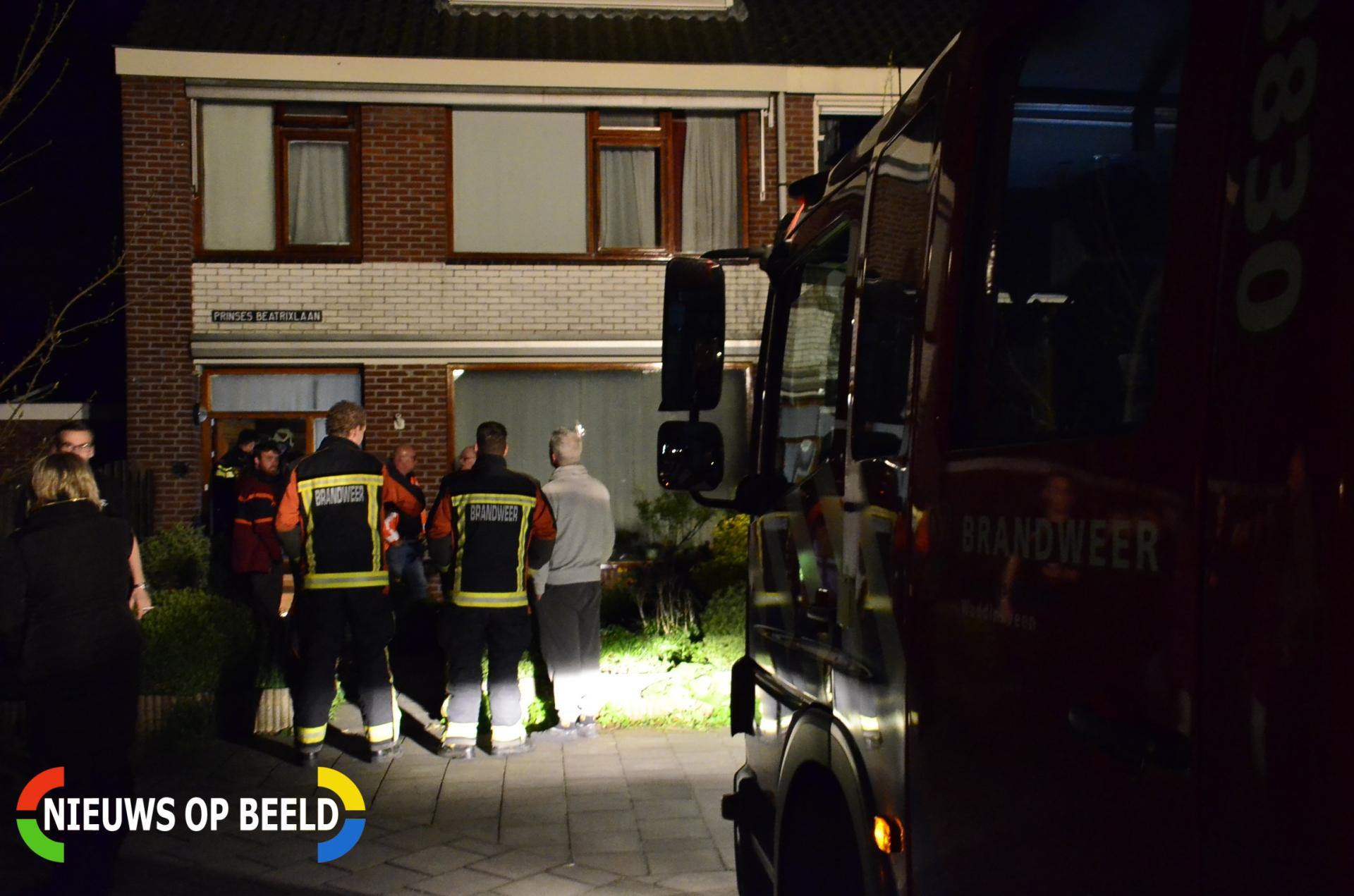 Huis onbewoonbaar door gesprongen waterleiding Prinses Beatrixlaan Waddinxveen